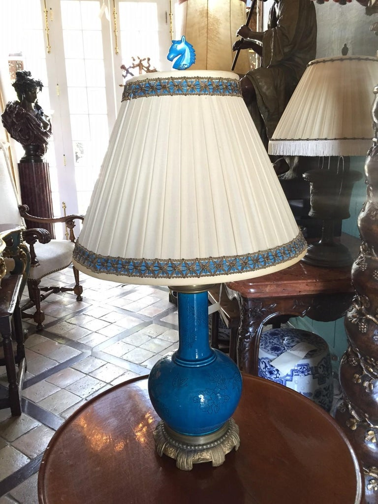 18th C. Table Lamp Ceramic Baluster Chinese blue Vase & Shade Finial Antiques LA In Good Condition For Sale In West Hollywood, CA