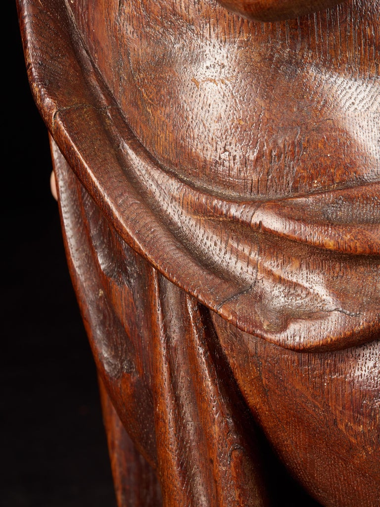 18th Century Flemish Shool, Baroque Angel Sculpture or Butti, Carved in Oak For Sale 4