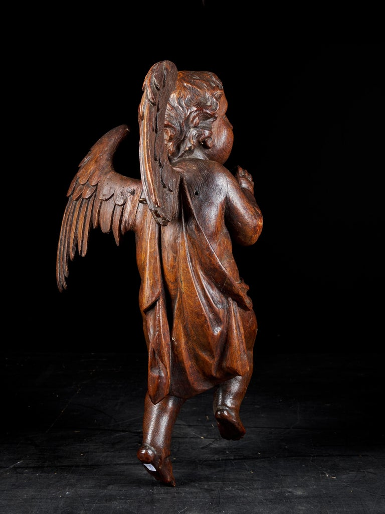 18th Century Flemish Shool, Baroque Angel Sculpture or Butti, Carved in Oak In Fair Condition For Sale In Leuven , BE