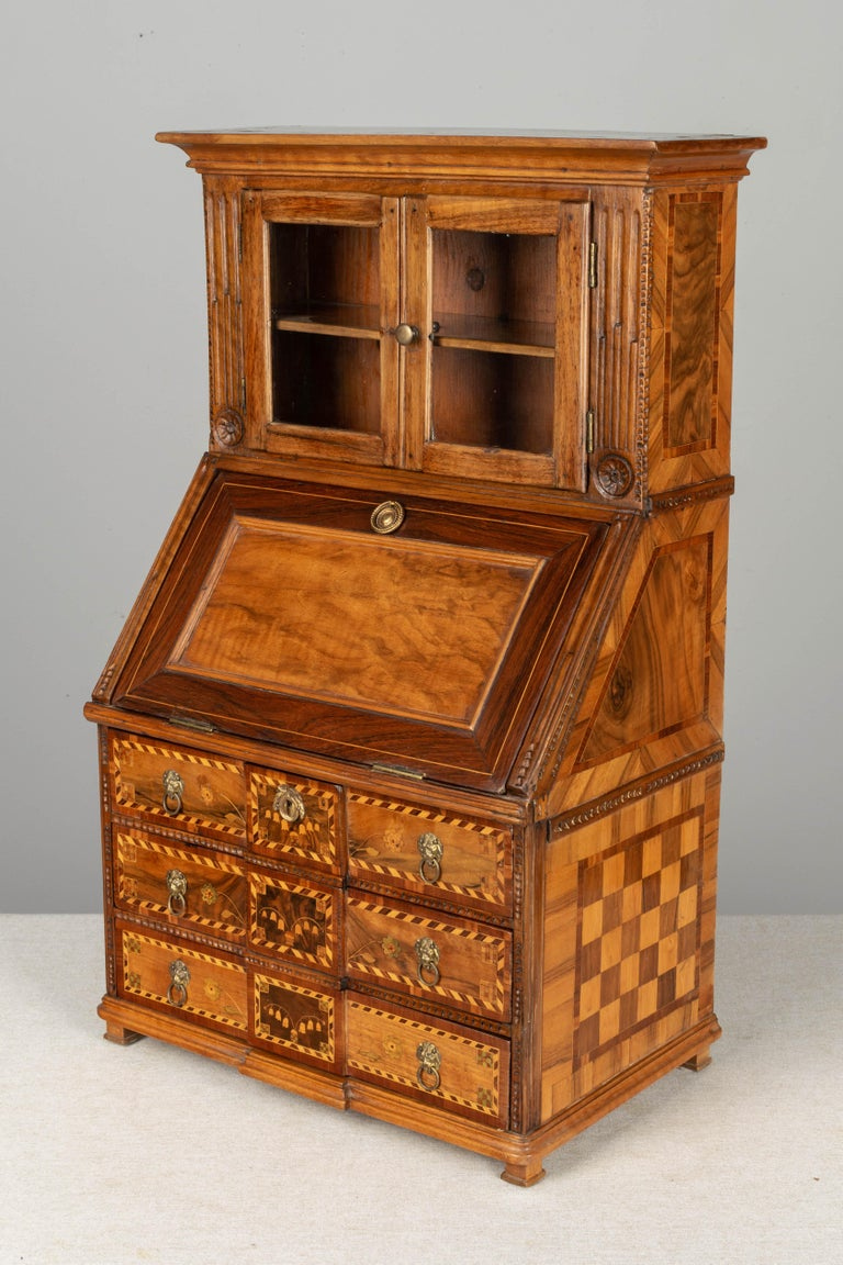 18th Century French Louis XVI Miniature Marquetry Secretaire or Desk In Good Condition For Sale In Winter Park, FL