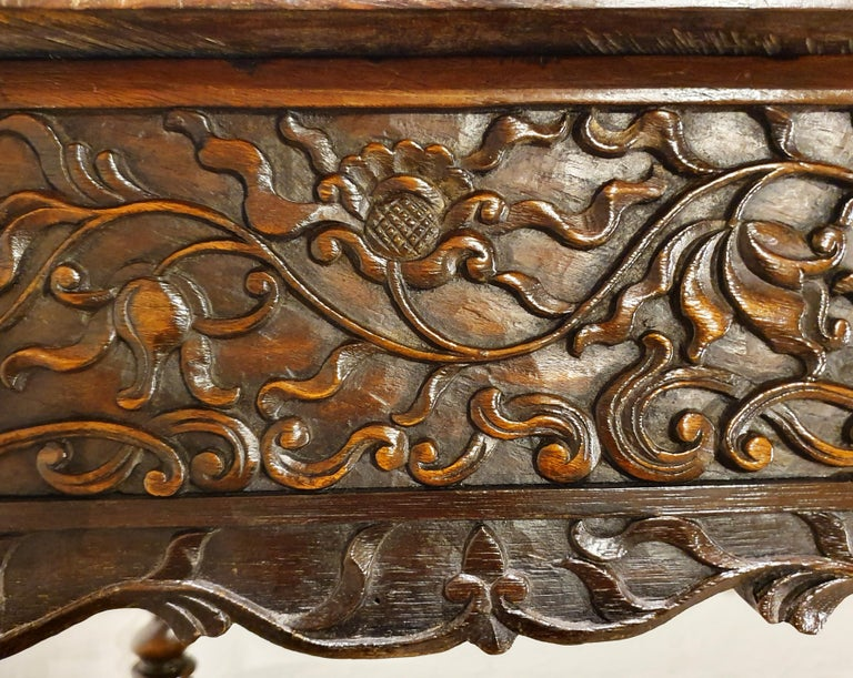 18th Century Indonesian Hand Carved Table For Sale 3