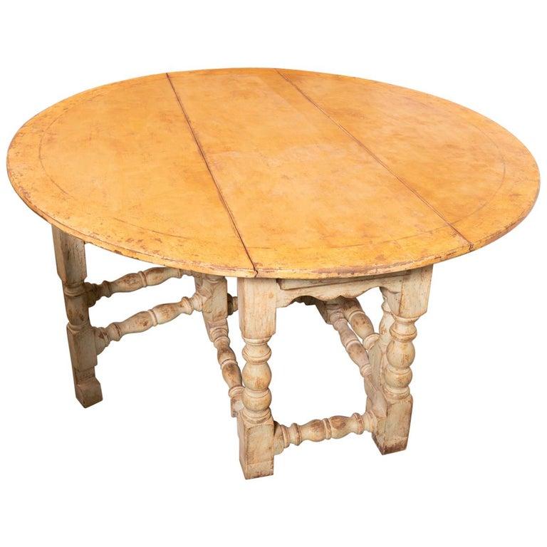 18th Century Italian Gateleg Harvest Table For Sale