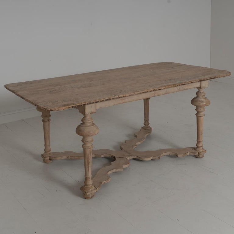 18th Century Italian Pine Painted Table For Sale 9