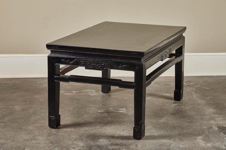 18th Century Low Black Lacquer Kang Table For Sale 1