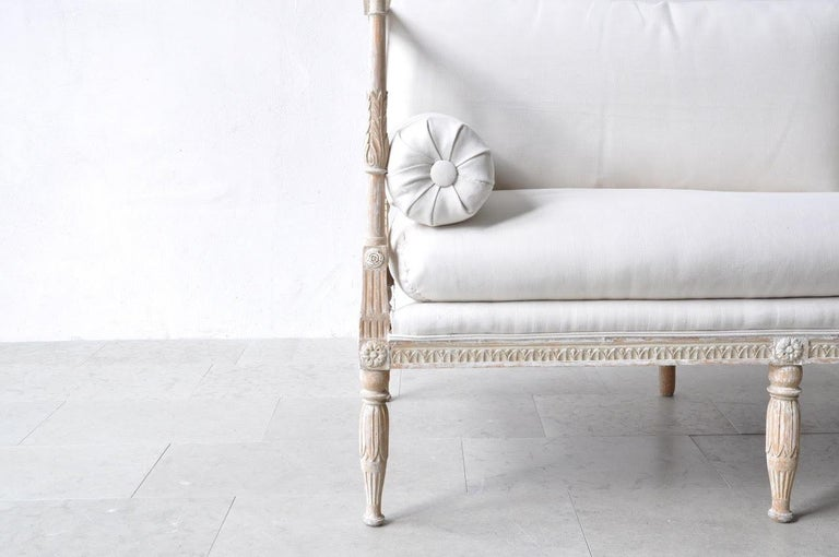 18th Century and Earlier 18th Century Swedish Gustavian Period Painted Daybed from Stockholm For Sale