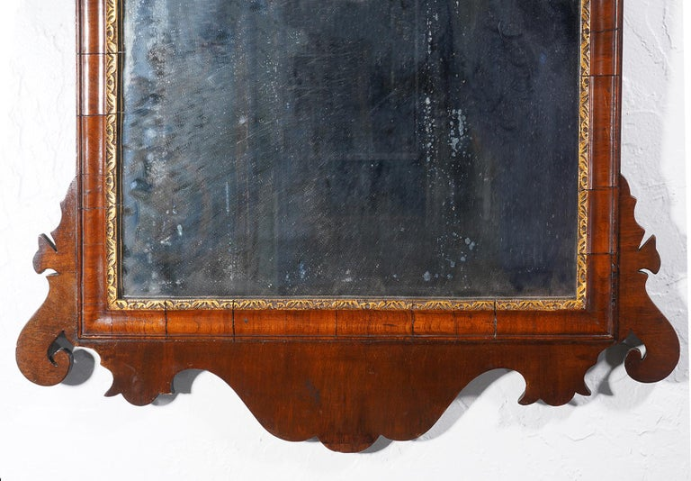 18th Century English George II Fret Carved Mahogany and Parcel Gilt Wall Mirror For Sale 1