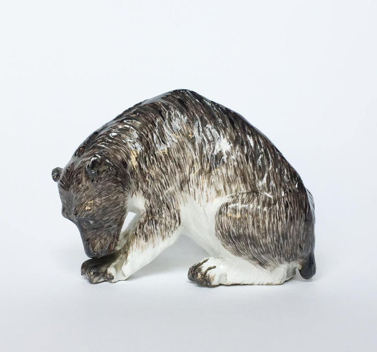 Hard porcelain bear modeled and painted in gray-brown and black Manufacture of Meissen, probably by Johan Joachim Kaendler, 1740 circa 18th Century It measures 2.79 in x 3.81 in x 2.48 in (7.1 cm x 9.7 x 6.3 cm) lb 0.46 (kg 0.21) State of