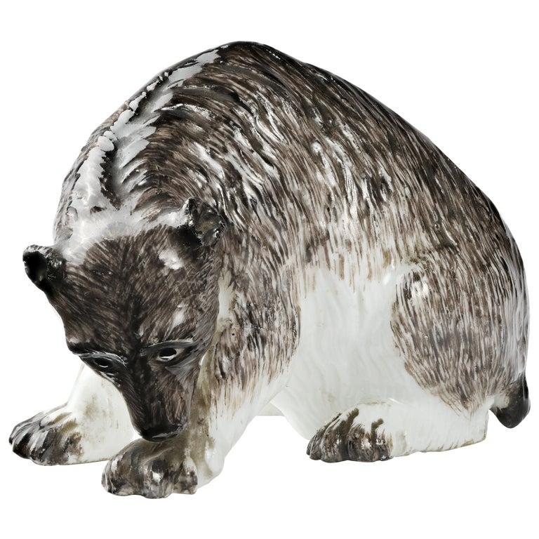 Meissen Porcelain Bear, circa 1740 For Sale