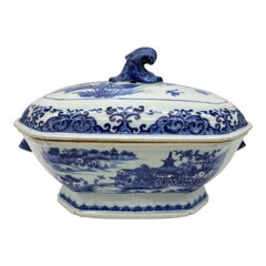 18th Century Blue and White Chinese Porcelain Tureen and Cover