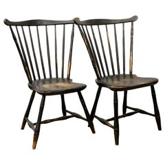 18th Century American Comb Back Windsor Side Chairs, New England, Original Paint