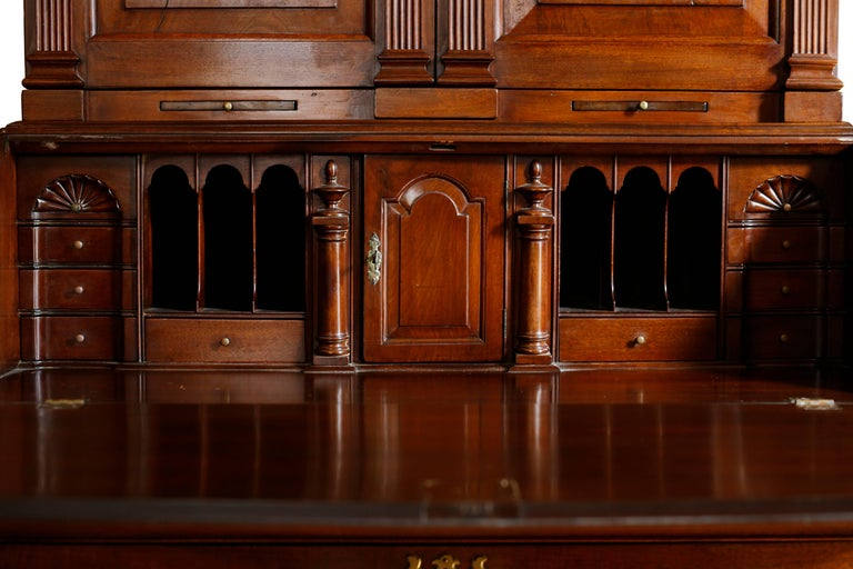 18th Century American Mahogany Chippendale Chest, circa 1770 In Good Condition For Sale In Brooklyn, NY