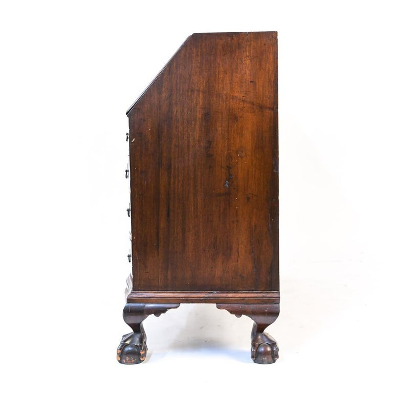 18th Century American Mahogany Chippendale Slant Front Desk For Sale 2