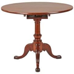 18th Century American Queen Anne Mahogany Tilt Top Antique Tea Table