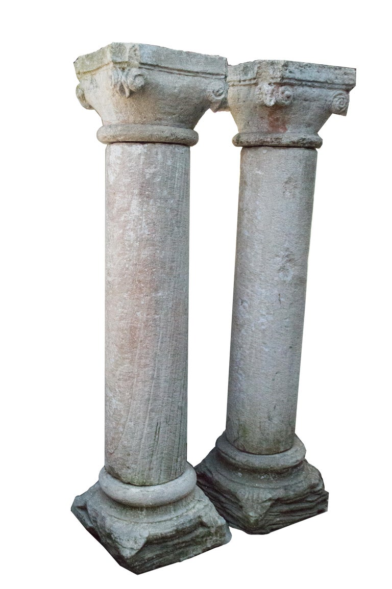 These wonderful pieces, with a dreamly patina and a sincretism of continents on the capitels, are a clear example of the European influence in India. They possibly comes from some of the European bastions that were along its coast: Goa, Diu, Damán,