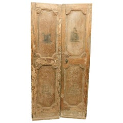 18th Century Antique Beige Lacquered Double Door with Sculptures Painted, Italy