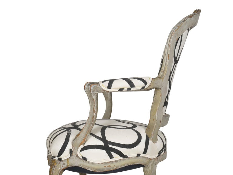 18th Century Antique French Louis XV Period Gray Painted Armchair For Sale 4