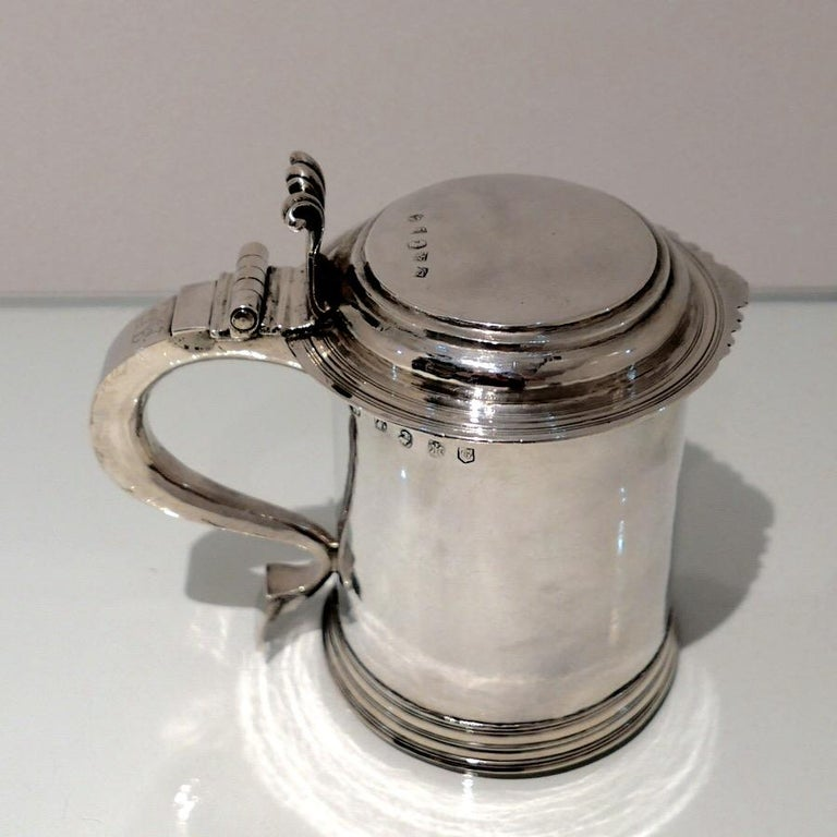 Britannia Standard Silver 18th Century Antique Queen Anne Britannia Silver Lidded Tankard Exeter, 1707 For Sale