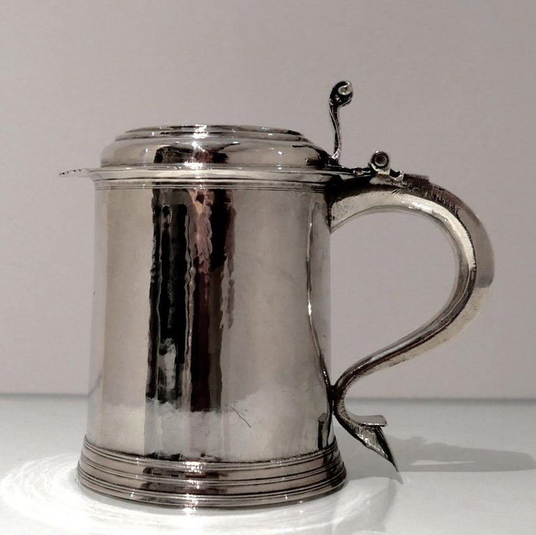18th Century Antique Queen Anne Britannia Silver Lidded Tankard Exeter, 1707 For Sale 1
