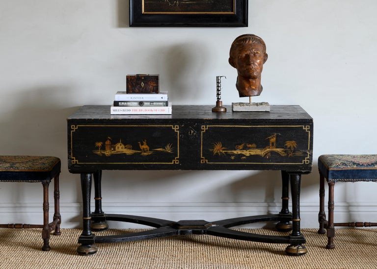 18th Century Baroque Console Table For Sale 3