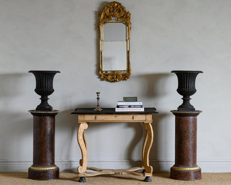 Hand-Crafted 18th Century Baroque Console Table For Sale
