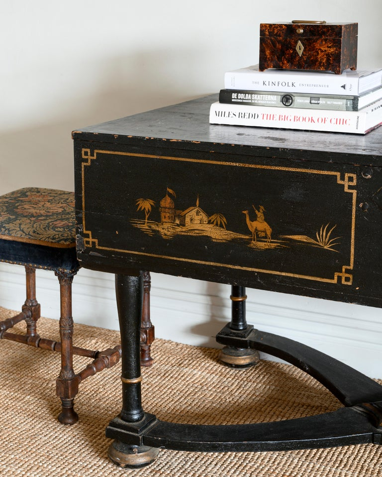 Wood 18th Century Baroque Console Table For Sale