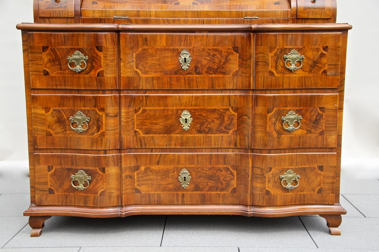 18th Century Baroque Secrétaire, Austria, circa 1770 For Sale 2