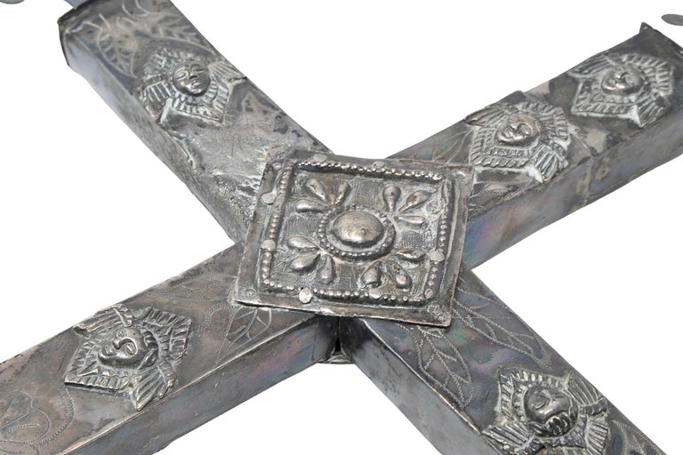 18th Century Bolivian Silver Cross For Sale 3