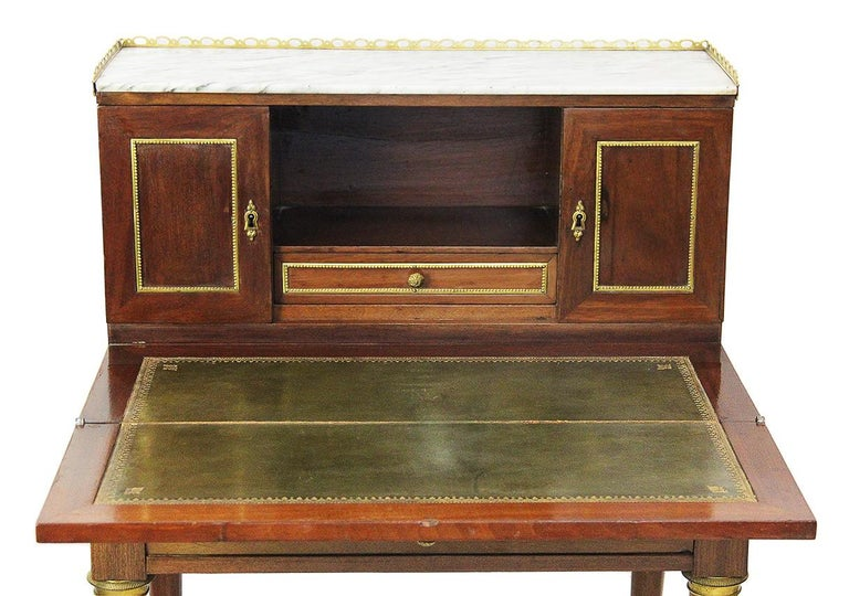 French 18th Century Bonheur Du Jour Desk Stamped Cramer in Mahogany Veneer For Sale
