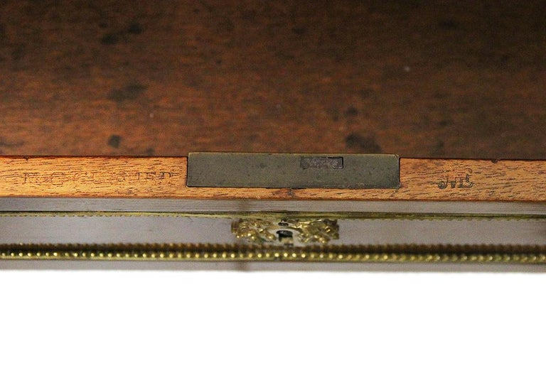 18th Century Bonheur Du Jour Desk Stamped Cramer in Mahogany Veneer For Sale 1