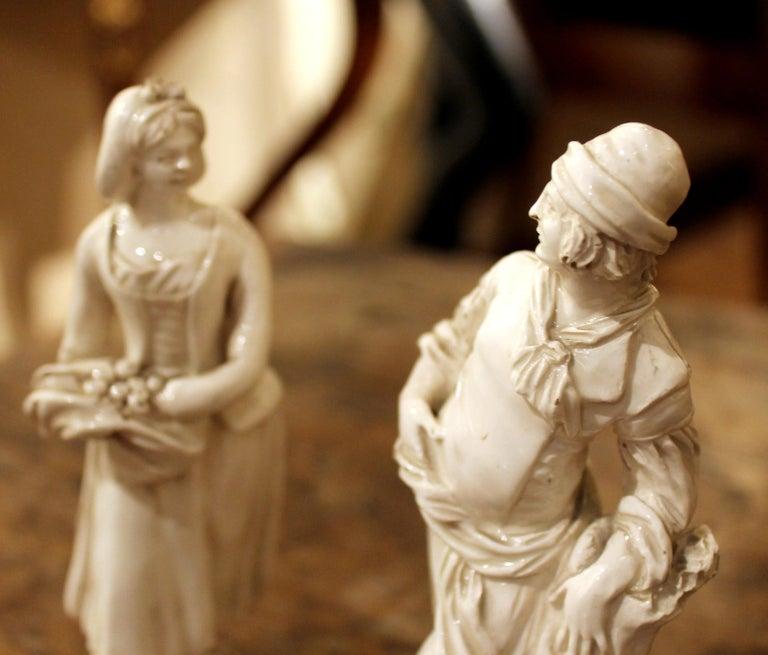 18th Century Capodimonte White Glaze Porcelain Statue Male and Female Figurines For Sale 3
