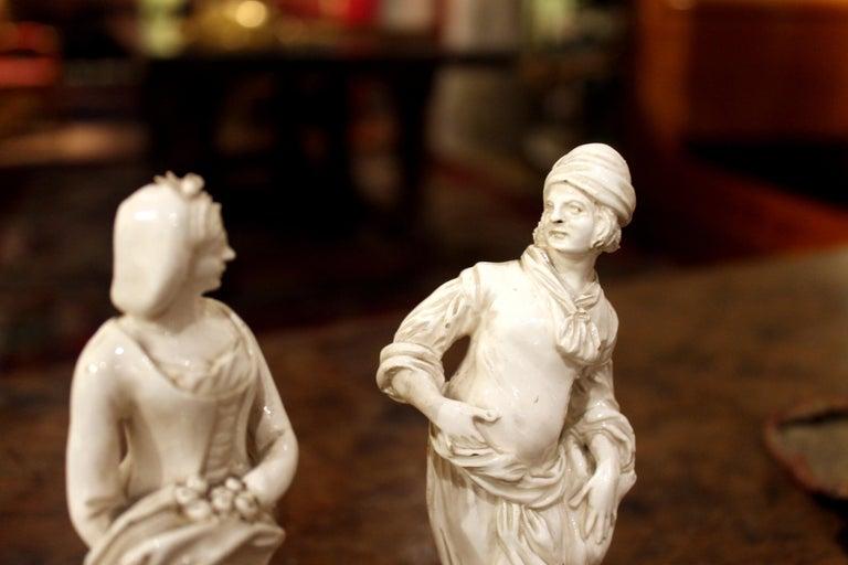 18th Century Capodimonte White Glaze Porcelain Statue Male and Female Figurines For Sale 4