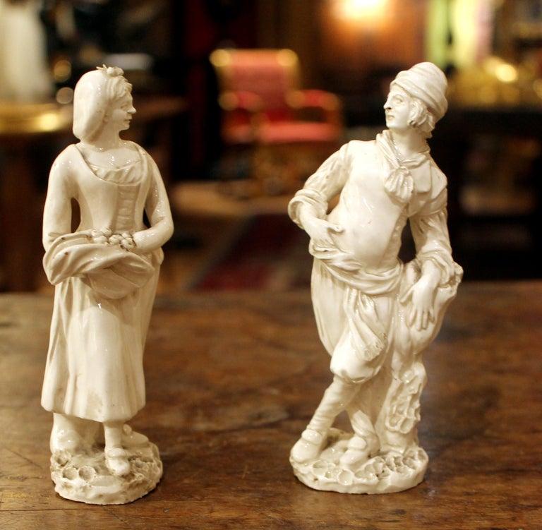 18th Century Capodimonte White Glaze Porcelain Statue Male and Female Figurines For Sale 1