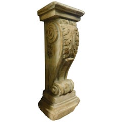 "18th Century ""Caposcala"" for Entrance or Stone Statues Shelf"