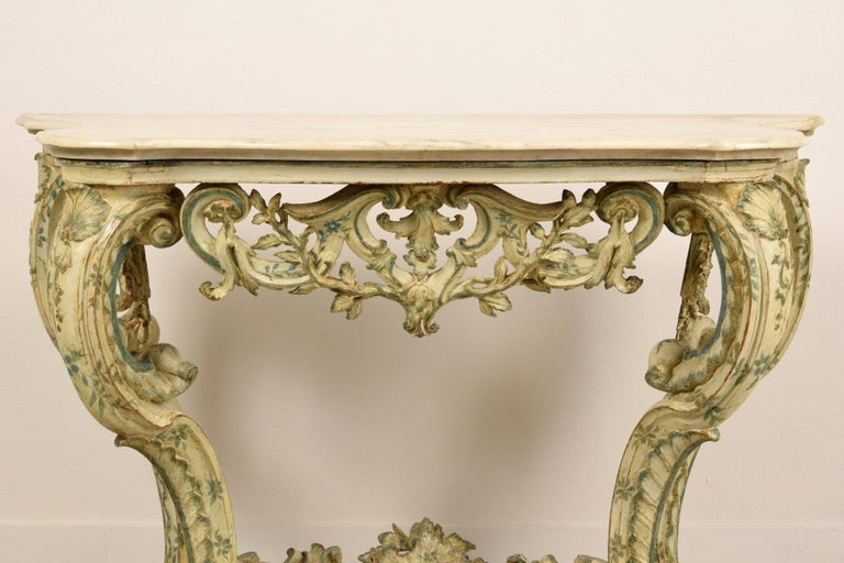 18th Century, Carved and Laquered Wood Italian Baroque Console For Sale 7