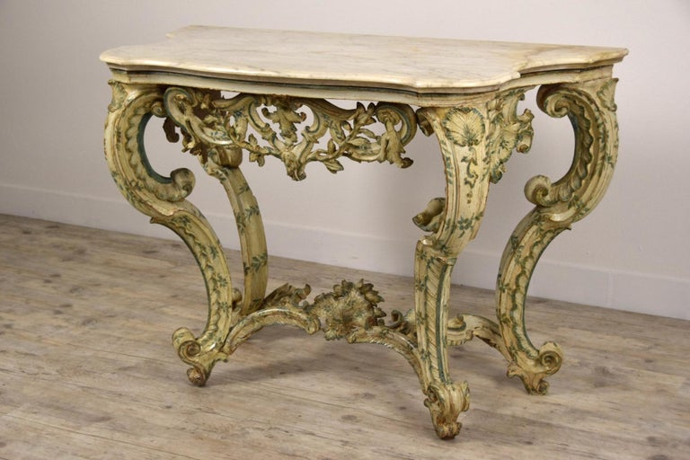 18th Century, Carved and Laquered Wood Italian Baroque Console For Sale 4