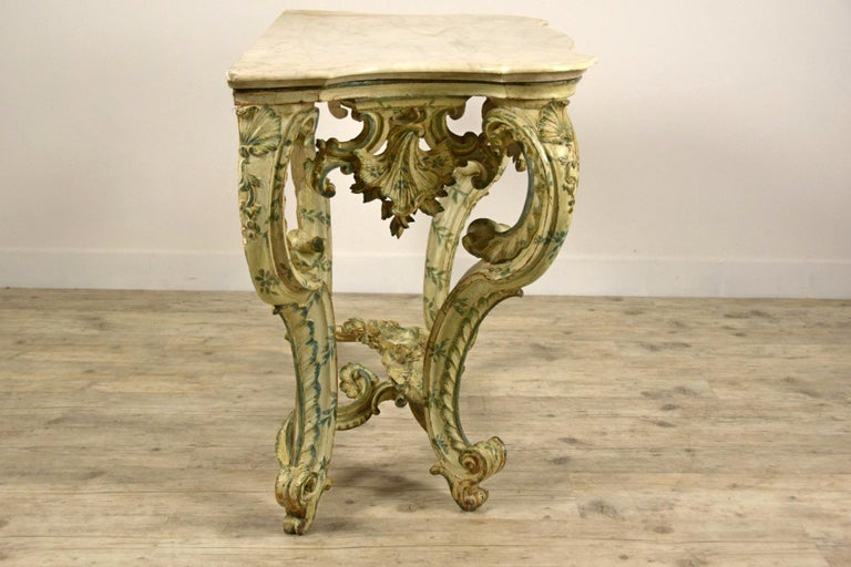 18th Century, Carved and Laquered Wood Italian Baroque Console For Sale 5