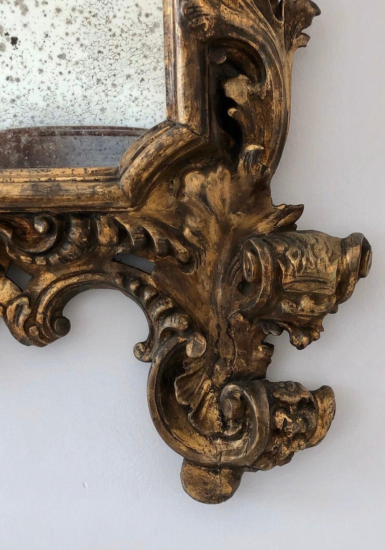 18th Century Carved Giltwood Baroque Italian Mirror For Sale 2