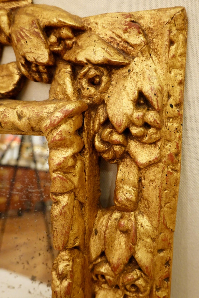 18th Century Carved Giltwood Mirror with Eagle, Roses and Leaves For Sale 7