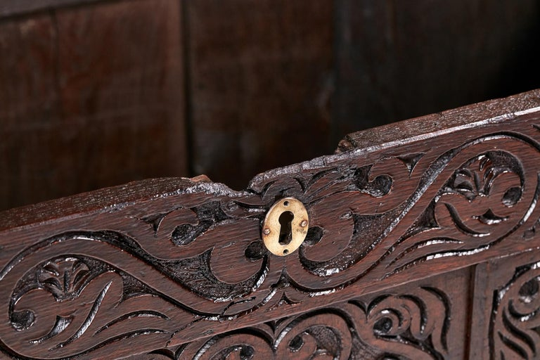 18th Century Carved Oak Coffer For Sale 5