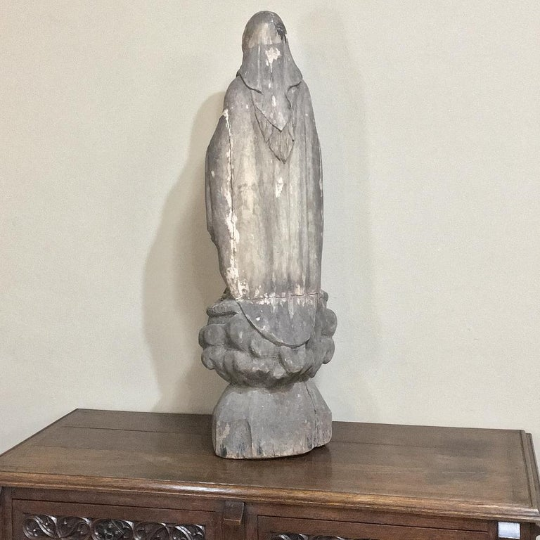 18th Century Carved Wood Madonna Statue For Sale 5