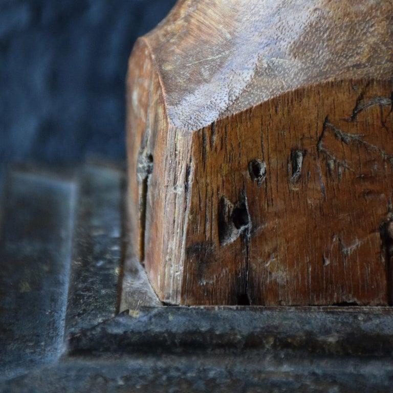 Walnut 18th Century Carved Wood Santos Head For Sale
