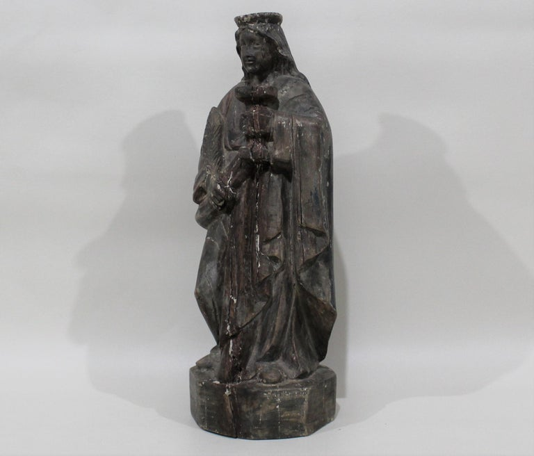 18th Century Carved Wood Santos of the Virgin Mary In Good Condition For Sale In Hamilton, Ontario