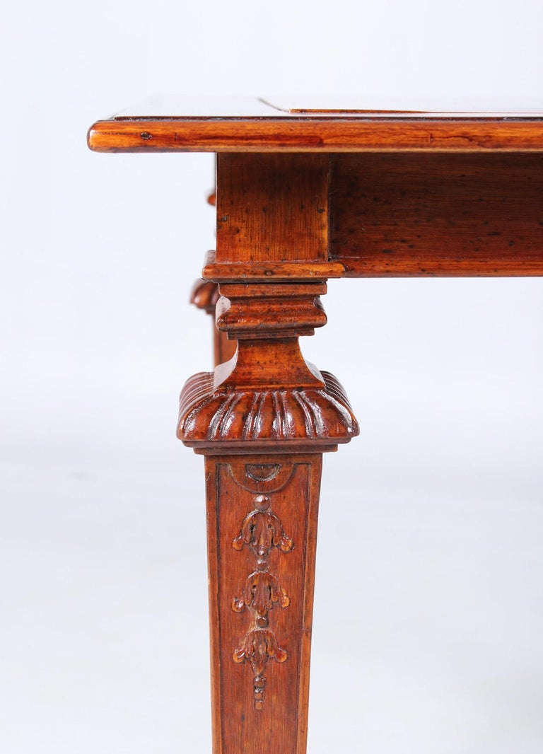 18th Century Chess and Backgammon Gametable, Walnut, Louis XVI circa 1780 For Sale 8