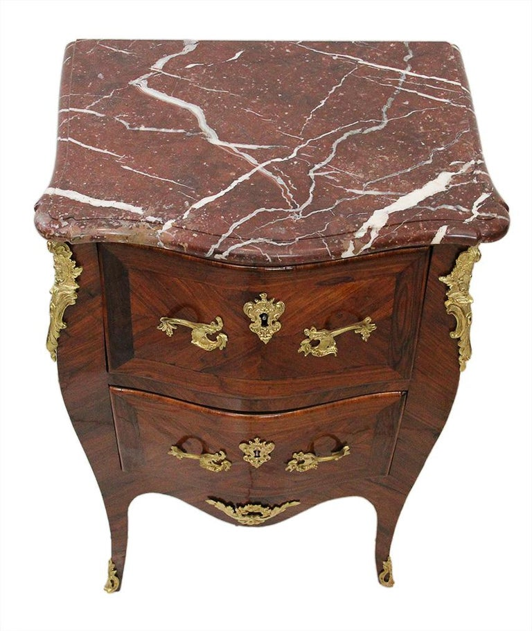 18th Century Chest of Drawers Stamped BOUDIN with Amaranth Veneer and Red Marble In Good Condition For Sale In EVREUX, FR