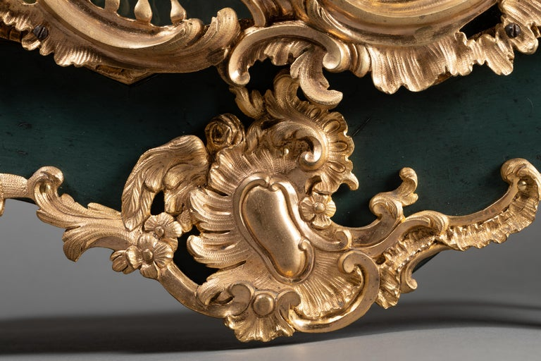 Gilt 18th Century, Chinese Cartel in Green Lacquer, Louis XV Period For Sale