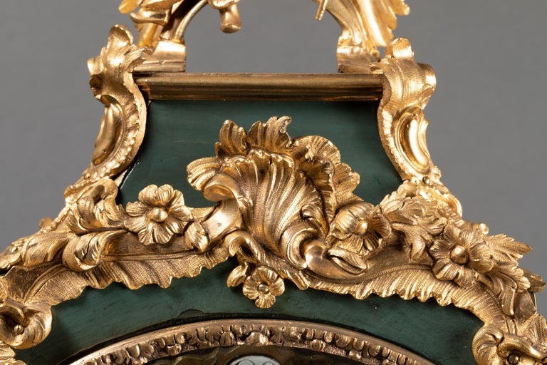 18th Century, Chinese Cartel in Green Lacquer, Louis XV Period For Sale 1