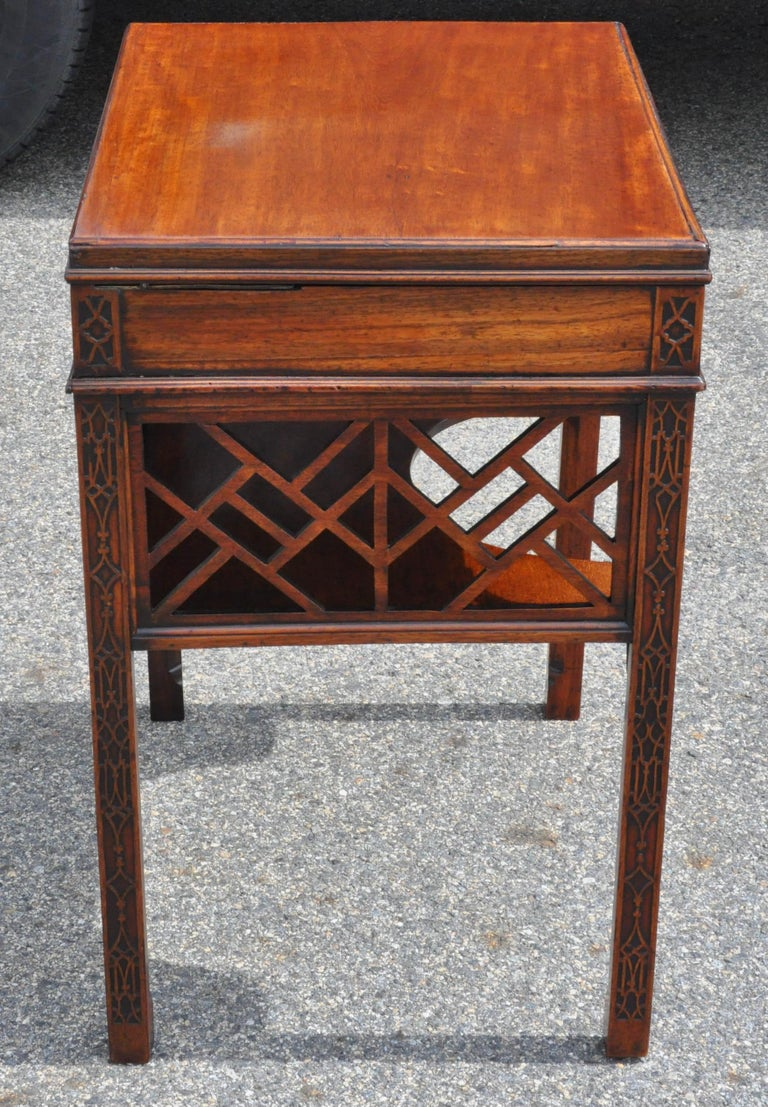 Mahogany 18th Century Chinese Chippendale Side Dressing Table For Sale