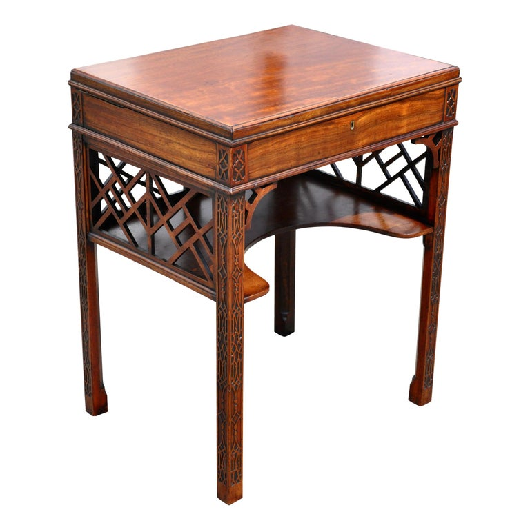 18th Century Chinese Chippendale Side Dressing Table For Sale