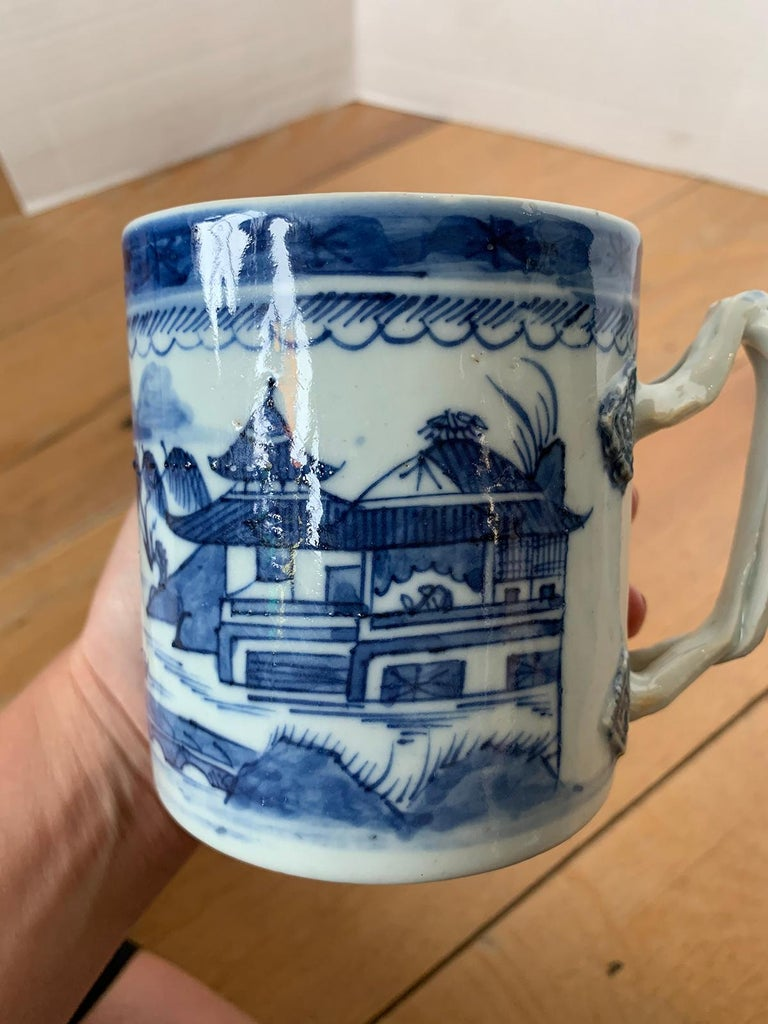 18th Century Chinese Export Canton Ware Blue and White Porcelain Mug, Unmarked For Sale 7