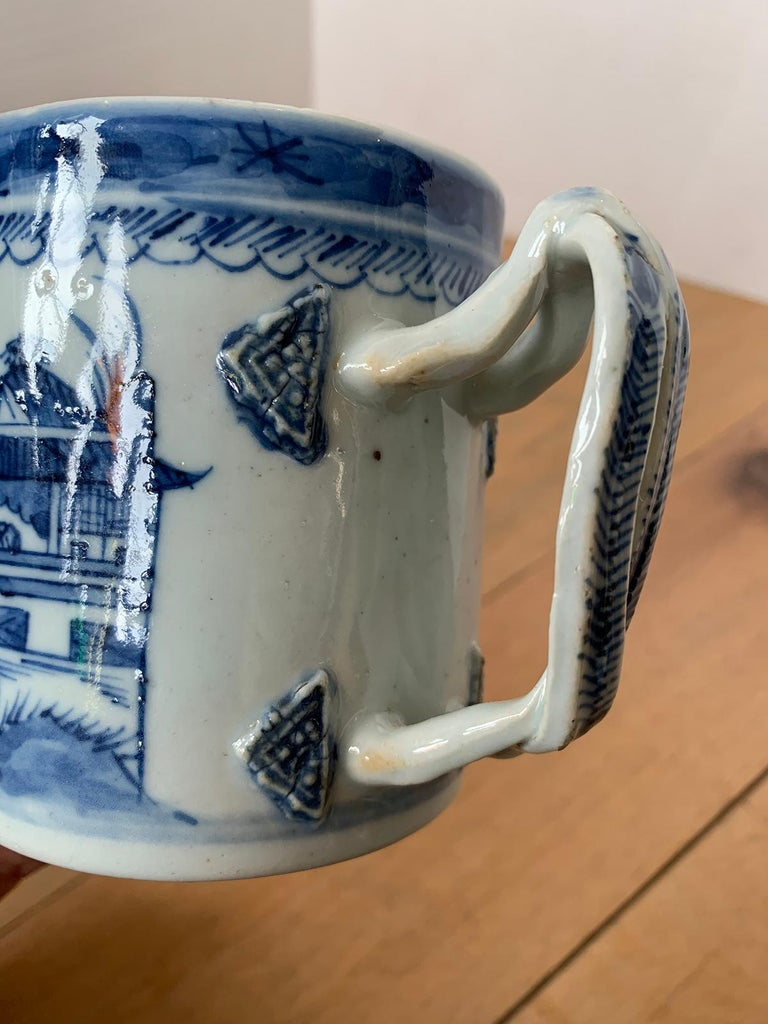 18th Century Chinese Export Canton Ware Blue and White Porcelain Mug, Unmarked For Sale 9